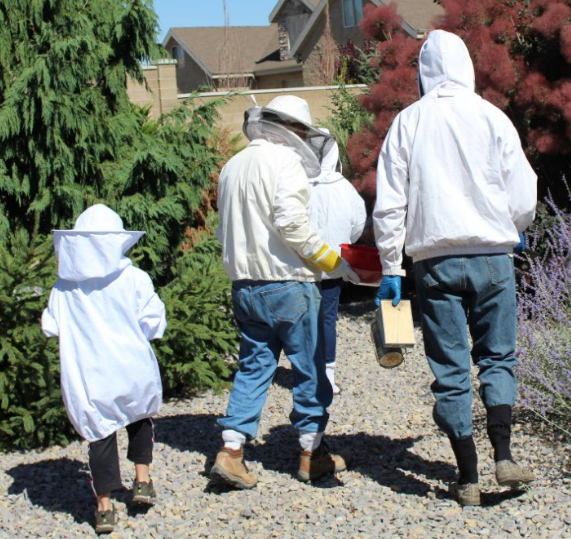 jason_beekeeper_walking